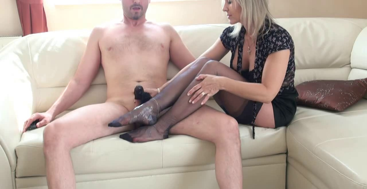 pantyhosed-footjob-handjob-movies-free-full-lenght-adult-porn